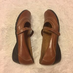 {Naturalizer} 'Nava' 6M brown leather shoe